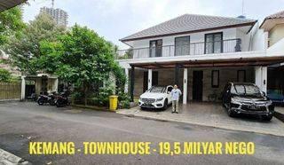 Rumah di dalam townhouse favourite di kawasan kemang, jakarta selatan