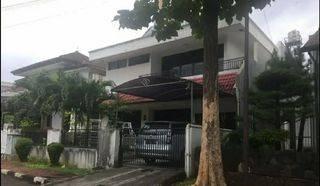 Rumah Besar di Taman Gandaria Jakarta Selatan