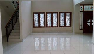 TURUN HARGA Rumah di Kebayoran Baru, di Cililin, Jakarta Selatan.