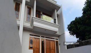 Rumah Minimalis Baru 2 Tingkat di Jagakarsa Harga Nego
