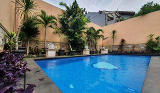 Rumah Super Luas Dengan Kolam Renang Pribadi di Jati Padang