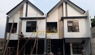 Rumah Premium Townhouse dekat ke tol desari dijagakarsa Jakarta Selatan