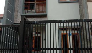 Turun Harga!! Rumah Lux Baru Minimalis 2 Lt strategis dkt area bisnis Buahbatu