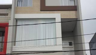 Rumah 4 Lantai depan Jalan Besar di Kelapa Gading, Jakarta Utara