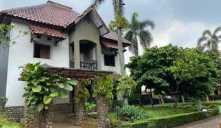 Rumah mewah siap huni di Villa Cendana, Ciputat Tangerang Selatan