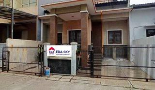Rumah strategis 2 lantai dekat sekolah Raffles Kelapa Gading Jakarta Utara