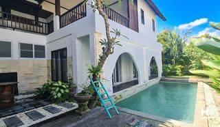 Villa  Luxury 4 bedroom in Canggu, Kuta Badung