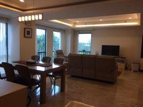 Newly Renovated - Golfhill Terrace