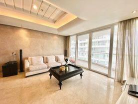 Apartemen royale springhill kemayoran tipe 196m2 furnished lepas murah