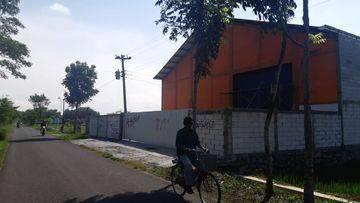 Gudang Baru di Sedayu Jalan Wates km 12 Ada Kantor dan Parkir Luas