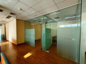 Office Space 820 sqm APL Tower Semi Furnished at Central Park
