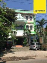 Cepat Hotel Tengah Kota Dekat TP di Jl Achmad Jais, Surabaya