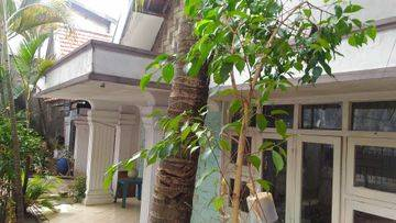 , beautiful house at Bendungan Hilir, Central Jakarta, suitable for family or an office
