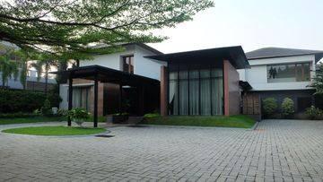 Rumah di Bukit Golf Pondok Indah