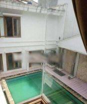 Big Luxurious House at Kuningan Area