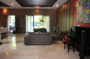 Full Furnished and Beautiful House For Your Family