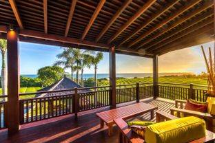 LUXURY BEAUTIFUL TWO UNITS FOUR BEDROOM VILLA WITH STUNNING OCEAN VIEWS