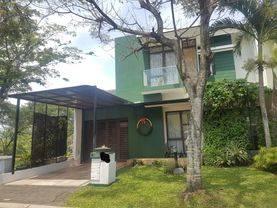 Rumah bagus dan Asri di Foresta Allevare Bsd City