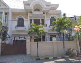 Rumah Margorejo Indah, ciamik siap huni, terawat , lokasi strategis