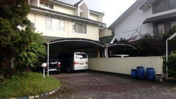 2 Rumah Di Komplek Nyaman Dan Asri Tengah Kota , Situ Aksan