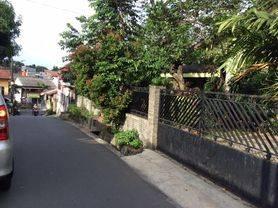 Rumah Tua Hitung Tanah di Jati Raya Ps. Minggu