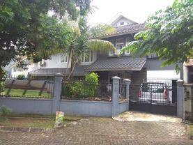 Rumah bagus di giriloka 2 dekat dengan ITC BSD