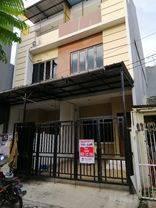 Rumah cantik dan asri di Poris Paradise Tangerang