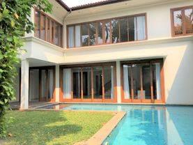 Beautiful tropical house in Cipete, Jakarta Selatan