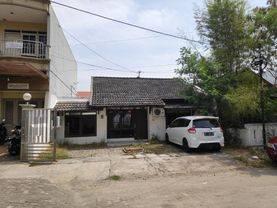 Rumah luas dan murah di Puri Anjasmoro Blok B, 3 kamar tidur