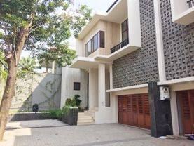 Brand new Compound House for RENT SEWA LEASE nice and modern house at Kemang area spesialist JAKARTA SELATAN 08176881555