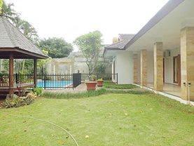 House for rent sewa lease at Jeruk Purut nice and modern house near to kemang 08176881555