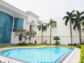 House for RENT SEWA LEASE nice and modern house at Bukit Golf Pondok Indah near to JIS School JAKARTA SELATAN 08176881555