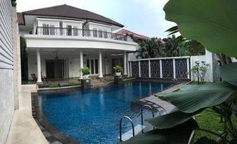 Brand new  House for RENT SEWA KEMANG  at KEMANG AREA nice and modern house KEMANG JAKARTA SELATAN 08176881555