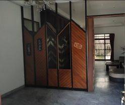 Rumah Kuno dan Kokoh Marmer di Sayap Srimahi Bandung