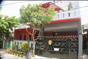 Rumah Dua Lantai Villa Regency Tangerang