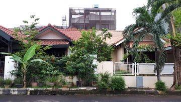 Rumah Permata Buana, 10x18, Rumah Tua, Hitung Tanah @ Pulau Bidadari - 08.1212.560560