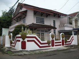 Rumah Citra 1, Luas : 210 m², 2 Lantai, Hoek, Depan Taman - 08.1212.560560