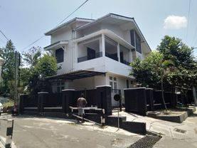 Rumah Strategis dkt Kampus Atmajaya & UGM di Demangan dkt Gejayan
