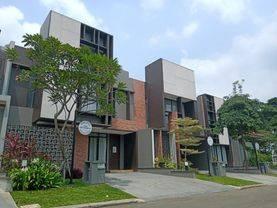 Suvarna Sutera di Area Pengembangan Baru   Alam Sutera, Lavon, Swan City   Tangerang Baru   Bangunan Milenial   Pengembangan Pemerintah Baru