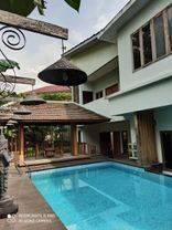 Rumah Antik Gaya Villa Bali Kawasan Golf BSD (NEGOTIABLE PRICE  CEPAT)