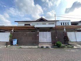 Rumah Mewah 2 Lantai Perum Lebak Lestari Residence Lokasi Sangat Strategis