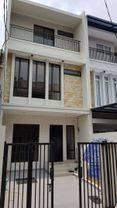 Jakarta Barat Rumah baru siap huni lokasi strategis di taman rtu(TR27)