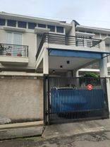 Jakarta Barat Rumah Bagus dan terawat strategis di Sunrise Garden(SR16)