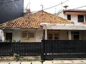 Jakarta Barat Rumah Tua Harga Murah lokasi strategis di grogol(GRG18)