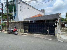 Rumah Besar 230m2 lokasi strategis di KS Tubun(KB06)