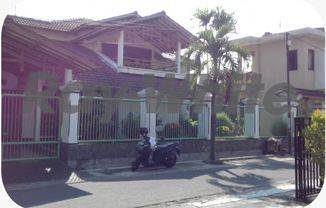 Rumah Jaten, Karanganyar