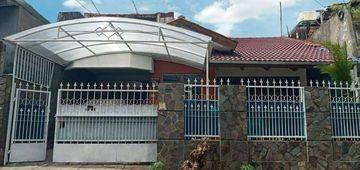 Rumah Tinggal Ukuran Besar Strategis Di Duri Kepa(DK76)
