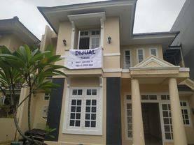 Rumah Kota Wisata Cibubur Baru Renovasi Harga Murah