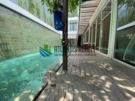 Rumah mewah de park BSD exclusive fully Furnished dengan Private Swimming Pool