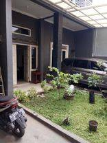 Rumah 2 Lantai dekat Telkom di Tirtawangi Ciganitri Bandung
